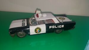 VINTAGE-TIN-PLATE-CAR-TOY-FORD-POLICE-CIRCA-1950S