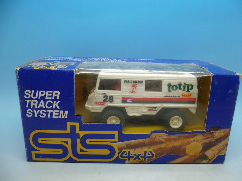 STS 4x4 Ref 2204 Pinzgauer mint unused car and boxed