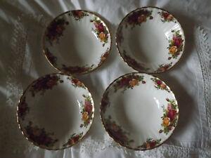 Royal-Albert-Old-Country-Roses-set-of-4-fruit-sweet-bowls