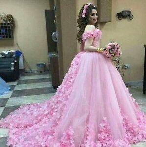 3246178c18ef Vintage Princess Ball Gown Bridal Gowns 3D Floral Applique Wedding ...