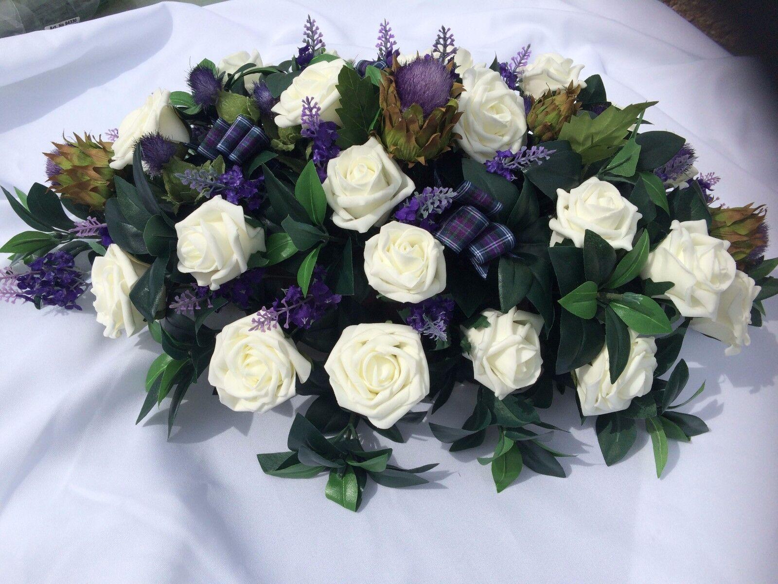 Large Scottish Mariage Fleurs Haut Table arrangement chardons & roses