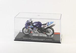 Suzuki-GSX-R-Model-1-24-Motorcycle-Le-Mans-2004
