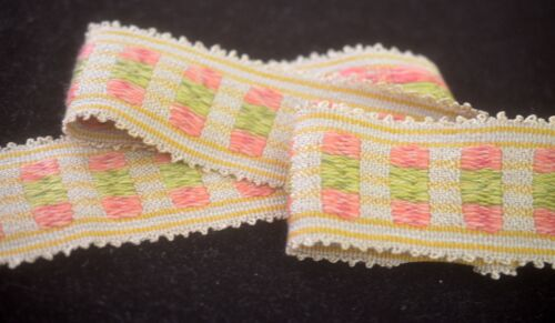 FABULOUS HOULES JACQUARD TRIM IN PASTEL COLORS SS762