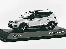 GENUINE NEW BOXED SEAT ARONA NEVADA WHITE 1:43 MODEL CAR IN CASE 6H1099300 HBB