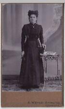 (F71+) Original Foto um 1900 Frau (Kabinettfoto)