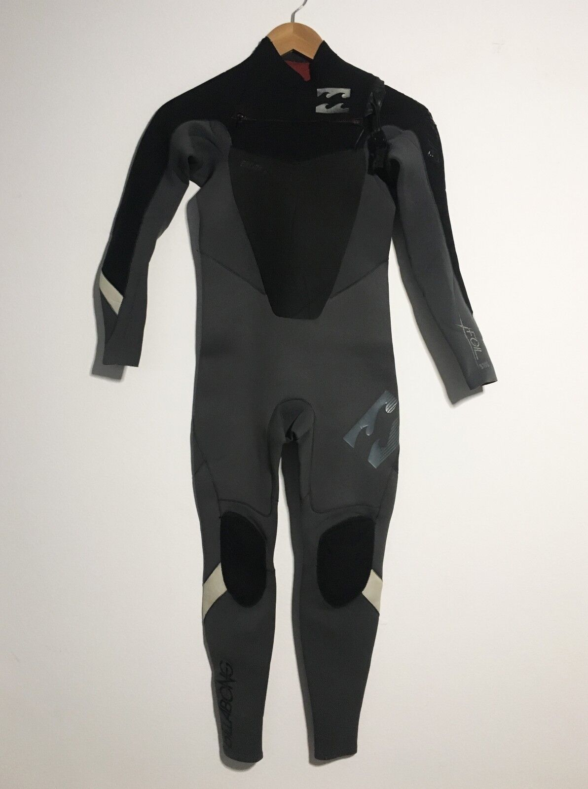 Billabong   lds Full Wetsuit Juniors Size 12 Foil 3 2 Sealed Youth Kids  -  170  your satisfaction is our target