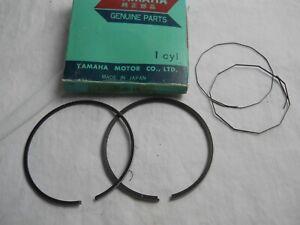 NOS OEM Yamaha Piston Ring Set O//S 0.25 1972-73 DT2//3 250 RT2//3 360 311-11610-10
