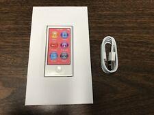New Apple iPod nano 7th Generation Silver (16 GB)