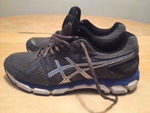 Detalles acerca de Nuevos Zapatos de hombre para correr Asics Gel Forte tamaño 9 M StormLightningAzul mostrar título original