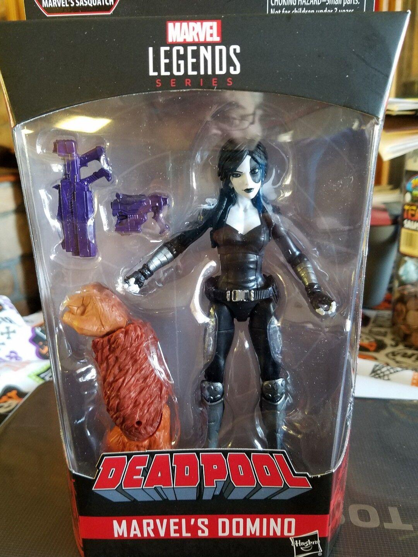 Marvel Legends  Deadpool Wave 1 - Domino In Hand