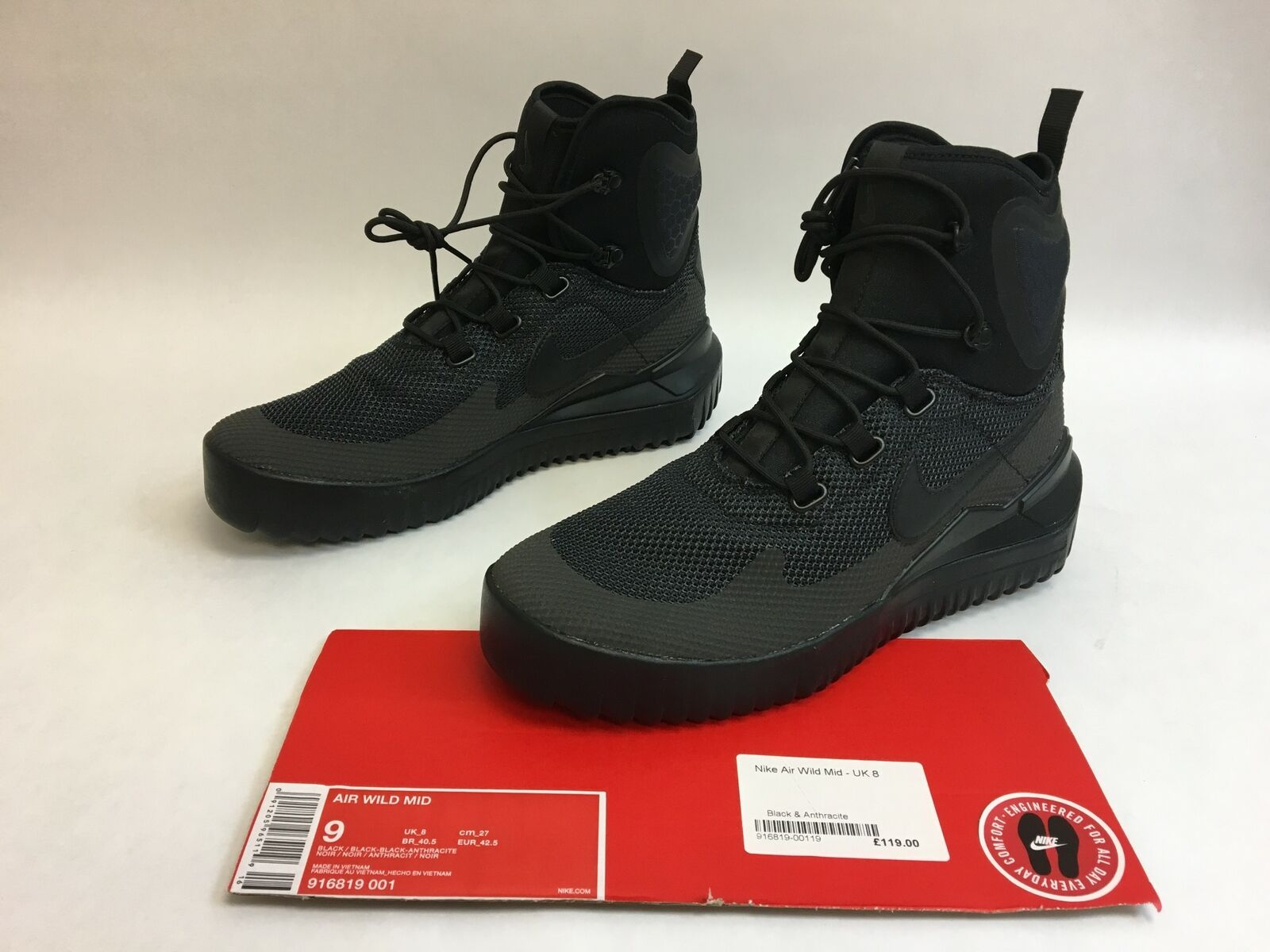 quality design fa9c6 728d9 Nike Air Wild Mid Mid Mid Triple All Black Anthracite Boots Mens Size 9  Model 916819
