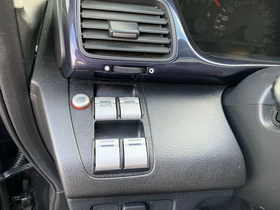 Honda FR-V 1,8i Executive Van Benzin modelår 2007
