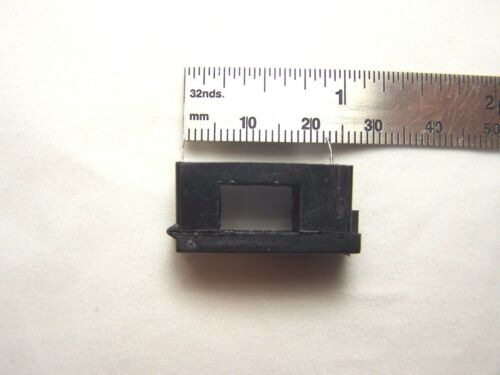 Snap Cover 5 X 20 Glass Fuse Holder for PCB 1pc. BLX Thru Hole