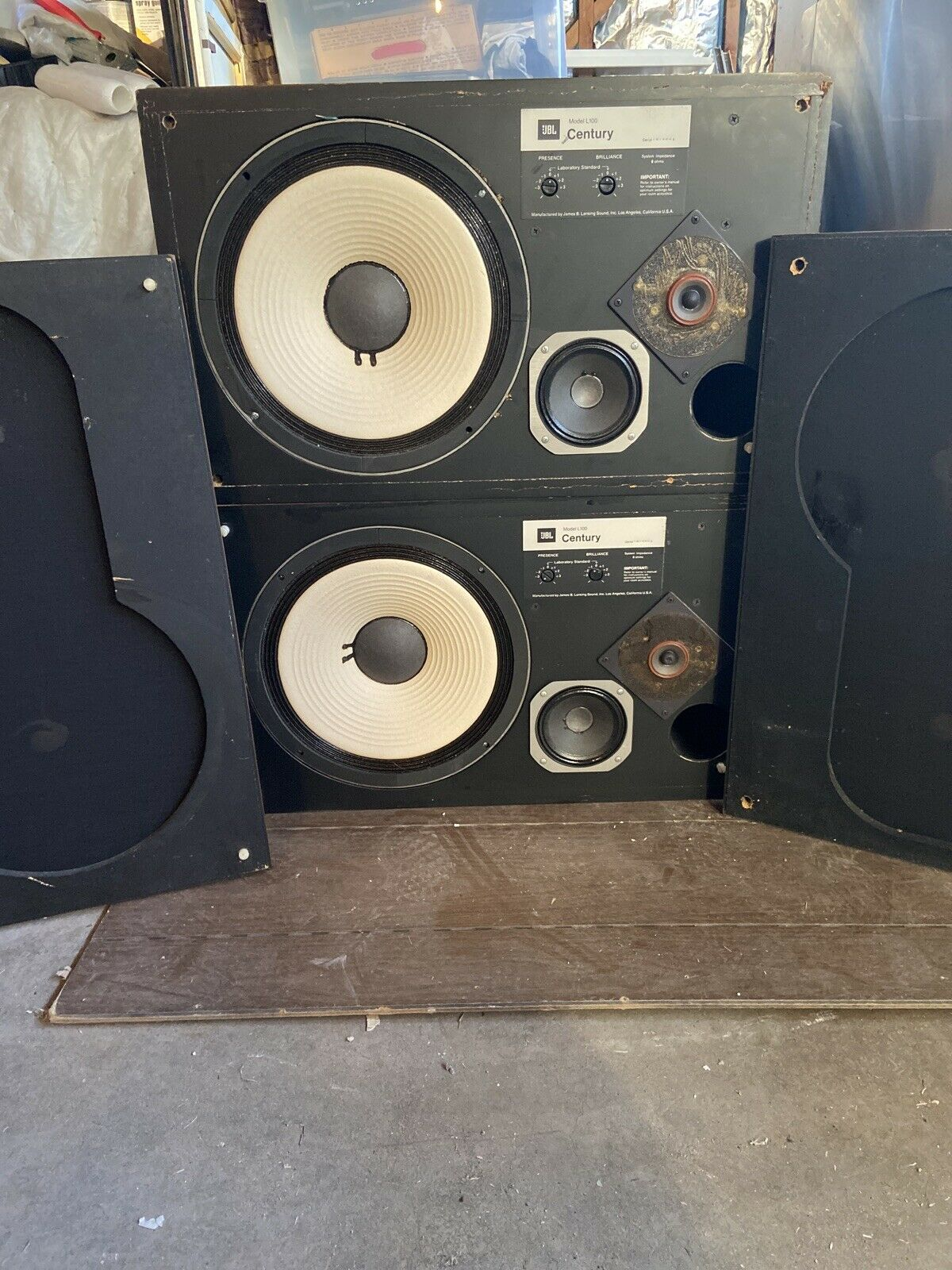 s l1600 - JBL Century L-100 (Pair) Not Tested But Look To Be In Good Condition