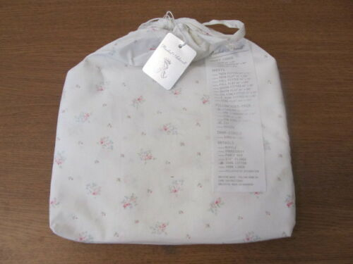 Rachel Ashwell Shabby Chic Couture Pearl Standard Pillowcases   NIP