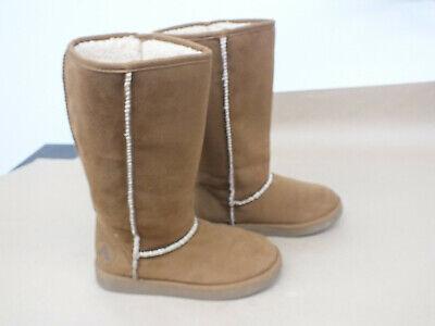 "Girls Tan ""Air-walk"" Boots Size 5 Nice"