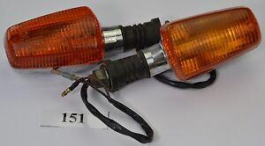 Yamaha-RD-250-352-Bj-73-Blinker-turn-ligfht-2-Stueck