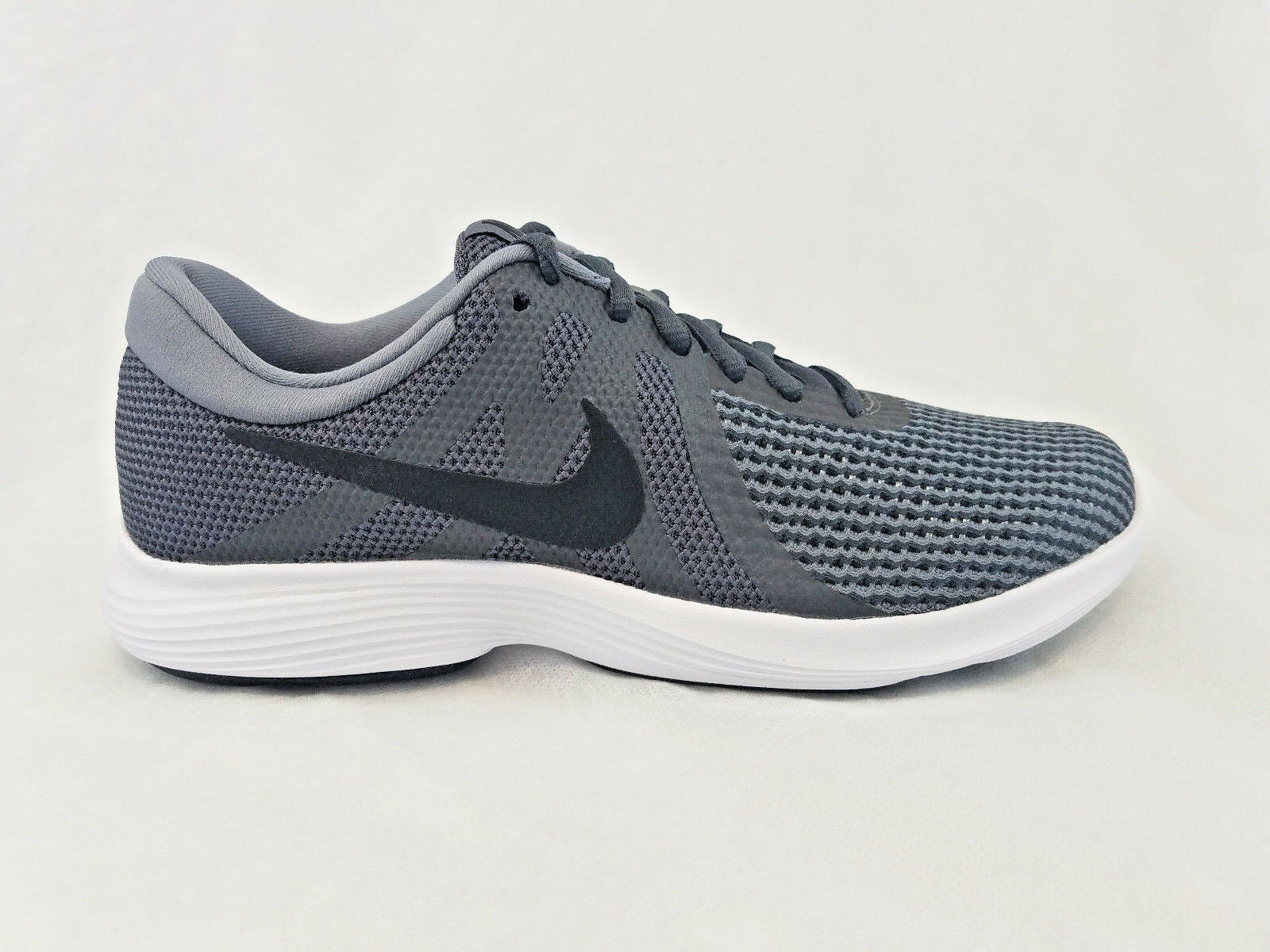 Nike Revolution 4 DARK GREY/BLACK MENS SIZE 7.5