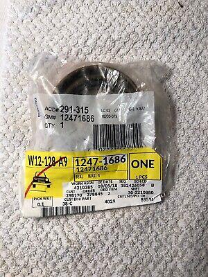 GM OEM Rear-Axle Seals 12471686