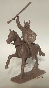 Soldatini e figurini di Publius  Indiano  equestre Plastica gommata morbida 1/32