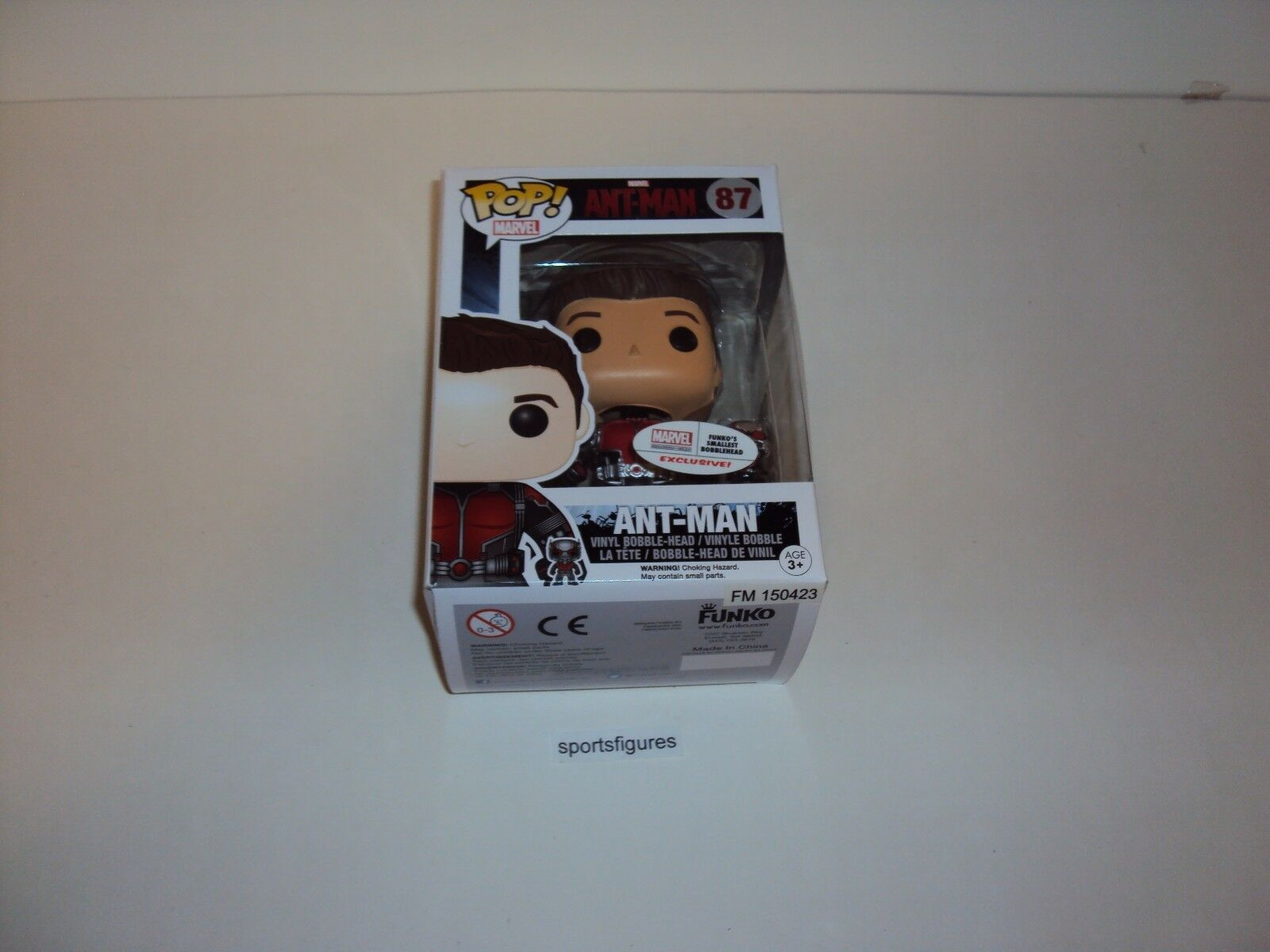 Ant  Man  Exclusive Marvel Collector Corps Pop Vinyl Figure by Funko
