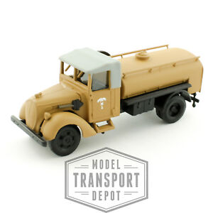 Busch-80021-Ford-V8-G917T-Military-Army-Truck-Fuel-Tanker-HO-1-87-Scale-Model