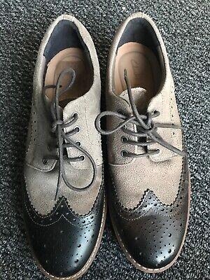 clarks black.leather chard shoe