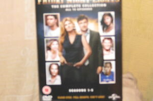 Friday-Night-Lights-Serie-1-5-DVD-Nuovo-Sigillato-in-Fabbrica