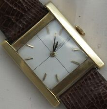 Jaeger LeCoultre mens wristwatch 18K solid gold case load manual 25,5 mm. aside