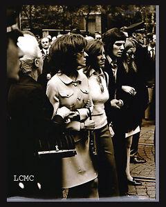 FOTOGRAFIA-PHOTO-VINTAGE-B-W-1972-MILANO-I-FUNERALI-DEL-COMMISSARIO-CALABRESI