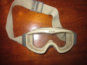 NEW-CLR-LENS-ESS-Profile-Series-Goggles-Ballistic-Military-Tactical-Profile-NVG