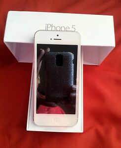 I-phone-5-brand-new-in-the-box-16-GB-WHITE-SILVER