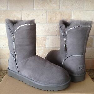 2aa44e118d8 Details about UGG Classic Short Florence Grey Gray Suede Sheepskin Boots  Size US 10 Womens