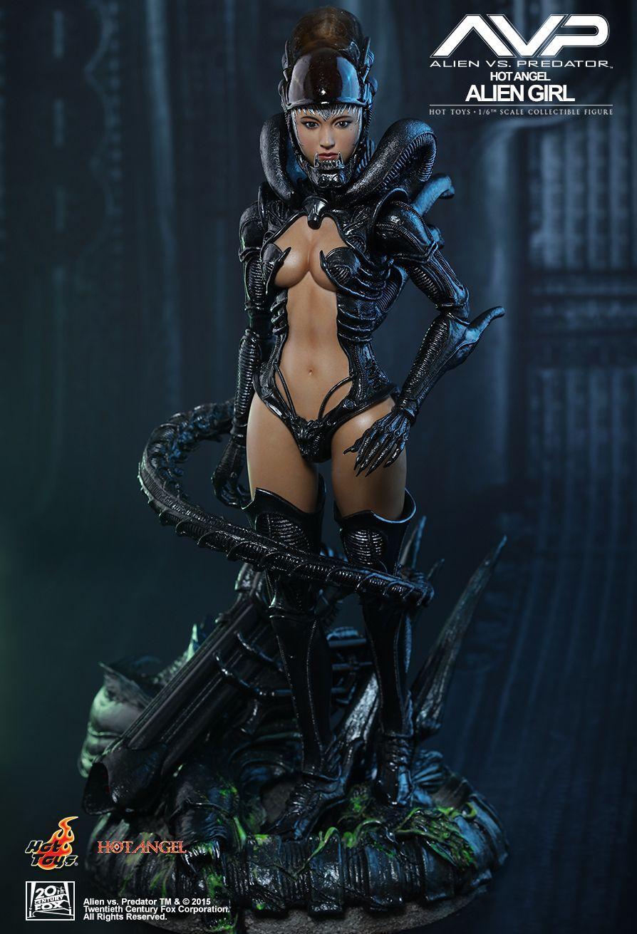 ALIEN vs PROTATOR - Alien Girl 1/6th Action Figure HAS002 (Hot Toys)  NEW