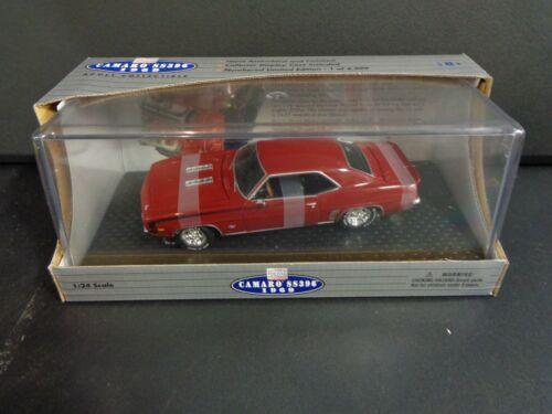 Classic Metal Works 1969 Chevrolet Camaro S//S 396 Garnet Red 1//24