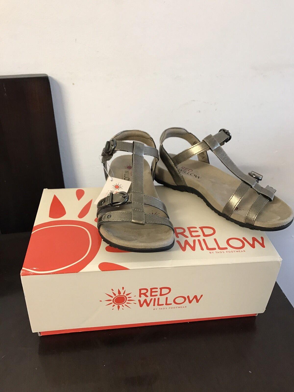 nuovi prodotti novità Donna  rosso Willow by Taos, Token Token Token Low Heel Sandal Dimensione 6 37EU  negozio outlet