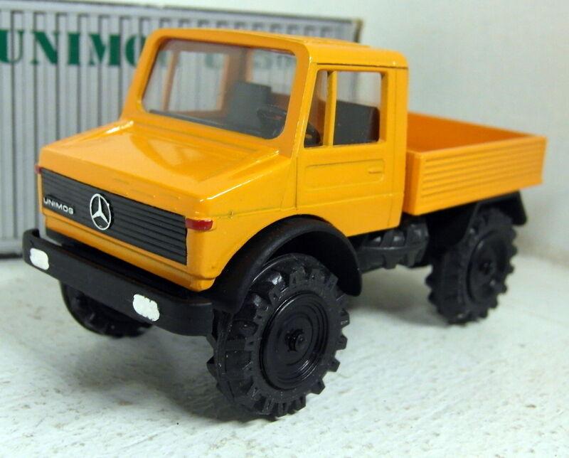 Cursor 1 43 Scale 974 Mercedes Unimog U 1500 Pick-up arancia diecast model truck
