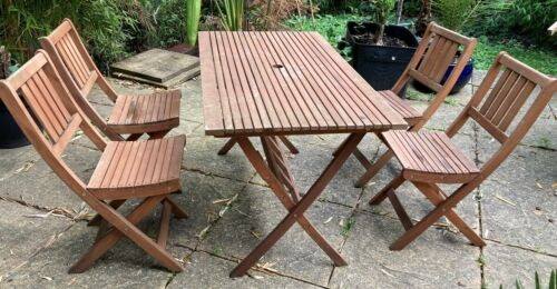 Folding Outdoor Dining Set - 4x Florenville Chairs   Table - Eucalyptus wood