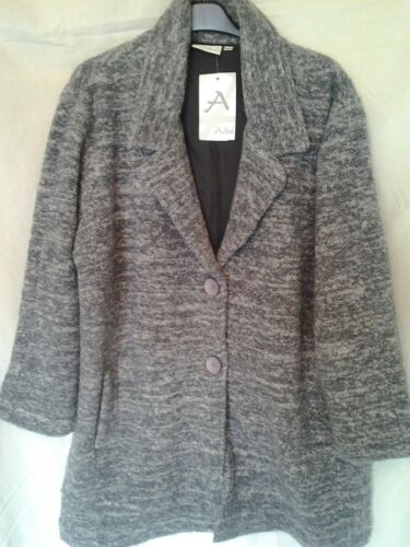 Adini wool blend boucle coat  long sleeve button front side pockets collared L