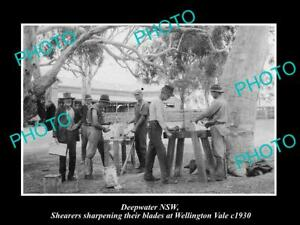 OLD-LARGE-HISTORIC-PHOTO-OF-DEEPWATER-NSW-SHEARERS-SHARPENING-THEIR-BLADES-1930