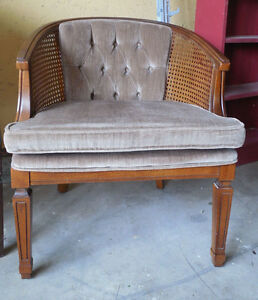 Image Is Loading Vintage Broyhill Mid Century Barrel Club Chair W