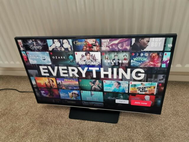 "Samsung Smart TV UE32H5500 32"" 1080p HD LED Internet TV"