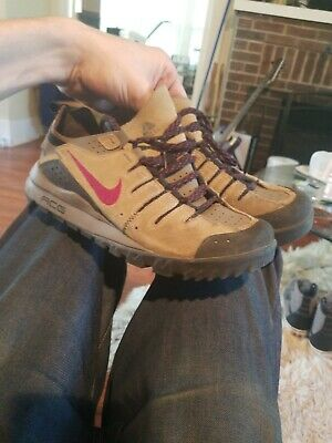 nike dirt shoes