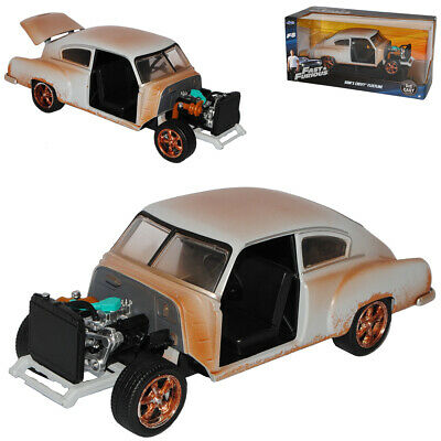 Jadatoys 1:24 Modellauto Dom´s Chevrolet fleetline Fast and Furious 8-98294