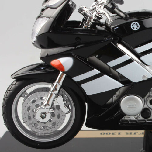 1//18 scale maisto YAMAHA FJR 1300 Sport Touring motorcycle diecast toy models