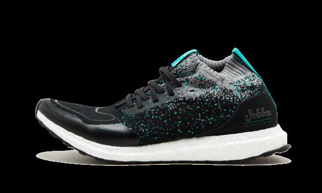Solebox x Packer Shoes x UltraBoost Mid 'Core Black Energy Blue'