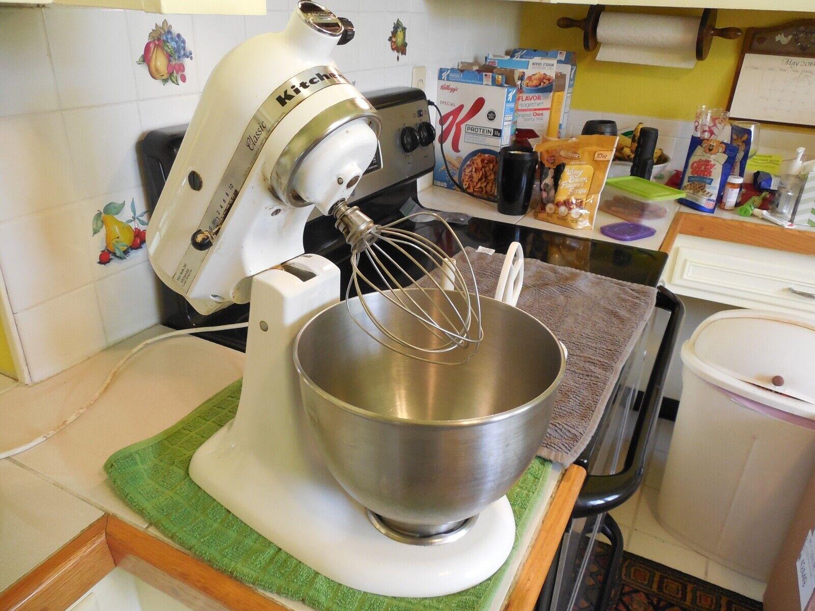 KitchenAid Tilt Head Mixer CLASSIC VINTAGE KITCHEN AID Mixeur avec Bol & attacher