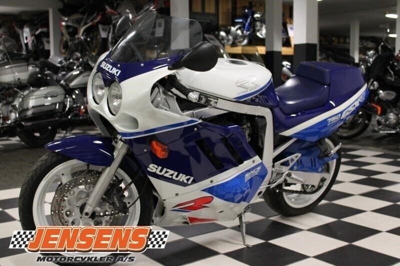Suzuki, GSXR 750, ccm 748