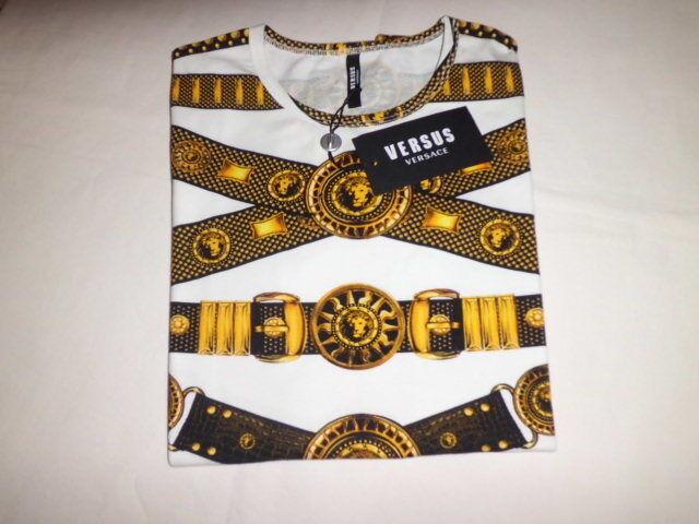 Versace Versus  T-Shirt Damenschuhe  Print  Belt Größe M