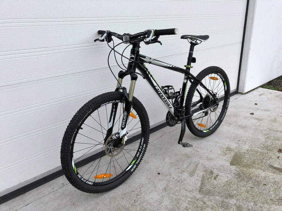Cannondale TRAIL SL2, hardtail, 27 gear stelnr.